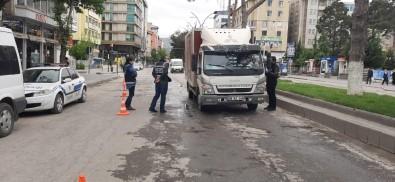 Tatvan'Da Sokağa Çıkma Kısıtlamasının İlk Cezaları Kesildi