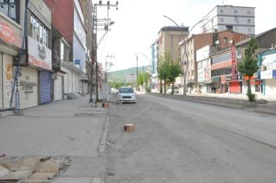 Yüksekova'da Kısıtlamanın Birinci Gününde Sokaklar Bomboş