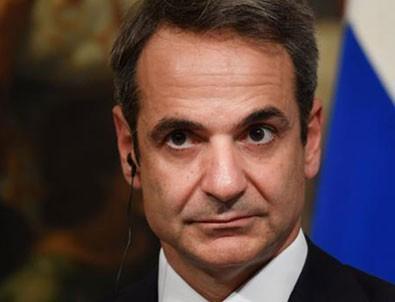 Yunan Başbakan Miçotakis kıvırdı