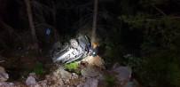 Alanya'da Otomobil Uçuruma Yuvarlandı Açıklaması 1 Ölü, 1 Yaralı