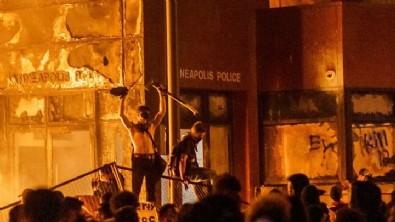 ABD'de George Floyd için başlayan protestolar Avrupa'ya sıçradı