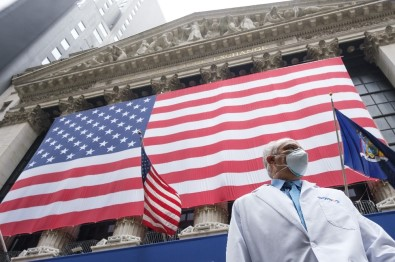 ABD'de Korona Virüsten Ölenlerin Sayısı 105 Bin 611'E Yükseldi