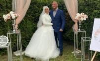 MÜSLÜMAN - Dünyaca ünlü dövüşçünün  nişanlısı da Müslüman oldu