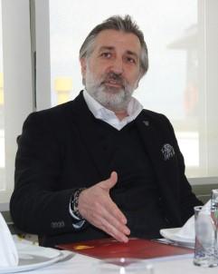 Göztepe Başkanvekili Talat Papatya Açıklaması 'Futbol Camiası Zor Günleri Birlikte Atlatacak'