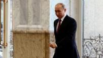 RUSYA DEVLET BAŞKANı - Anket sonuçları belli oldu! Koronavirüsten Putin'e ağır darbe
