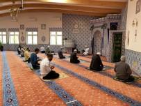 MİLLİ GÖRÜŞ - Camiler yeniden ibadete açıldı