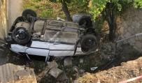SUBAŞı - Kaza Yapan Otomobil Evin Bahçesine Düştü