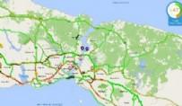 TRAFİK YOĞUNLUĞU - İstanbullu saat 15.00'ı bekledi! Öyle bir arttı ki...