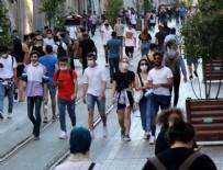 İSTİKLAL CADDESİ - Sokağa çıkma kısıtlamasının sona ermesiyle vatandaşlar Taksim'e akın etti