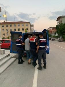 Mahallelinin Mazotundan, Av Tüfeğine Kadar Çalan Şüpheli Tutuklandı