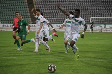 TFF 1. Lig Açıklaması Giresunspor Açıklaması 0 - Bursaspor Açıklaması 1