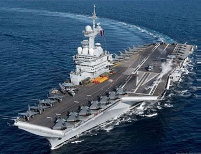 Fransa'nın biricik uçak gemisi ortalıkta yok