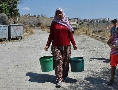 İzmir'in merkezindeki susuz mahalleden CHP'li belediyeye tepki!