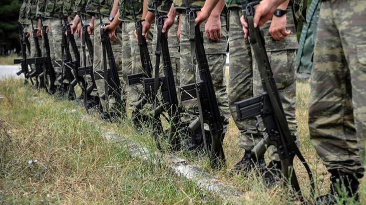 Askerlerin koronavirüs testi pozitif çıktı