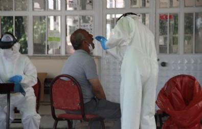 İzmir'in o mahallesinde vaka patlaması! 4 kişi koronavirüsten hayatını kaybetti