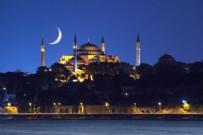 SABAH NAMAZı - Eyüp Sultan Camii'nde yürek titreten 'Ayasofya' duası