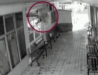 POLİS - Kapıdan giremedi bacadan girdi!