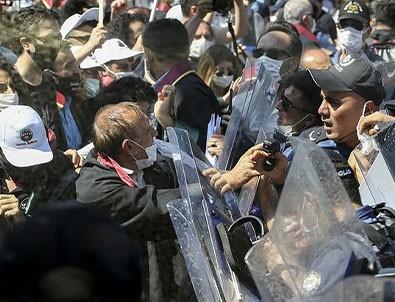 İzinsiz gösteri yapan avukatlar polise saldırdı!