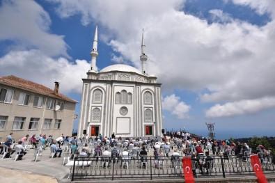 Sultan Alparslan Camii İbadete Açıldı