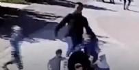 MÜSLÜMAN - Müslüman kadına sokak ortasında ırkçı saldırı