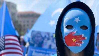 Çin'de Uygur Türklerini satışa çıkardılar