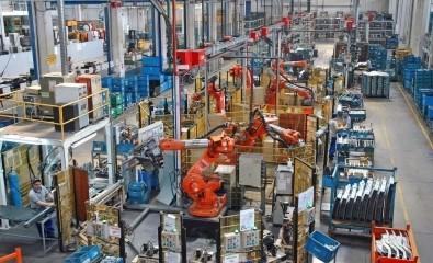 Sanayi üretimi Haziran'da beklentilerin üzerinde!