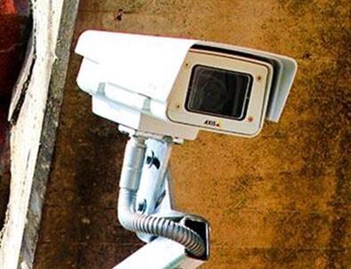 'Kamera taktıran' komşular dikkat!