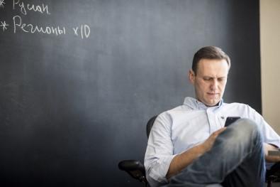 'Navalny Hala Komada Fakat Semptomlar Azalıyor'