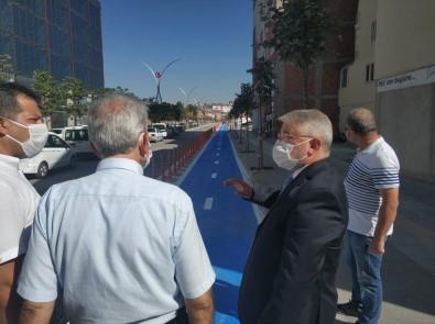 Recep Tayyip Erdoğan Caddesi'ne Bisiklet Yolu Yapılıyor