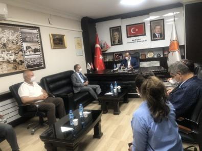 Vali Çuhadar AK Parti Heyetiyle Bir Araya Geldi