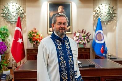 Ankara Üniversitesi Rektörü Ünüvar'dan 30 Ağustos Mesajı