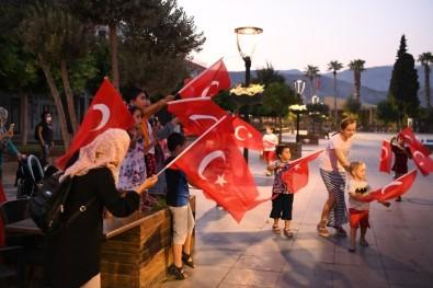 Antalya'da 30 Ağustos Coşkusu Devam Ediyor