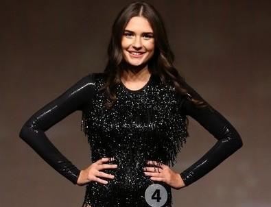 Miss Turkey güzellik yarışmasına katılan Özge Türkyılmaz CHP'li İBB'de kariyer danışmanı oldu!