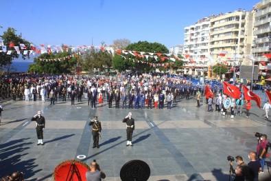 Antalya'da Korona Virüs Gölgesinde 30 Ağustos Zafer Bayramı Kutlaması