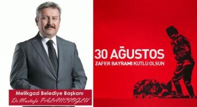 Palancıoğlu'ndan Farklı 30 Ağustos Kutlaması