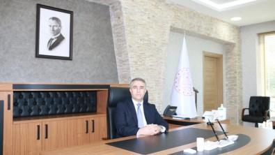 Amasya'nın Yeni Millî Eğitim Müdürü Ömer Coşkun, Görevine Başladı