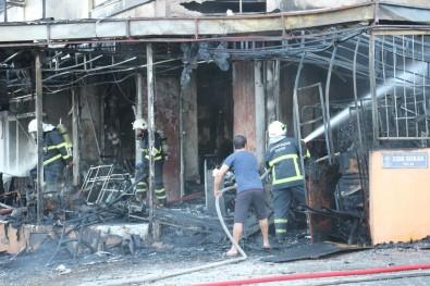 Aydın'da İş Yerinde Çıkan Yangında Alevler Tüm Apartmanı Sardı