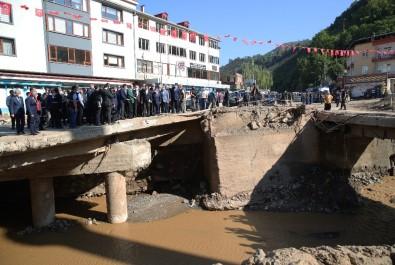 Cumhurbaşkanı Erdoğan Sel Bölgesi Dereli'de