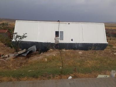 Ankara Polatlı'daki kum fırtınasının hasarı gün ağarınca ortaya çıktı