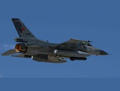 Türk F-16'ları Azerbaycan semalarında!