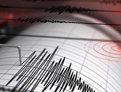 Marmara'da korkutan deprem! İstanbul'dan hissedildi!