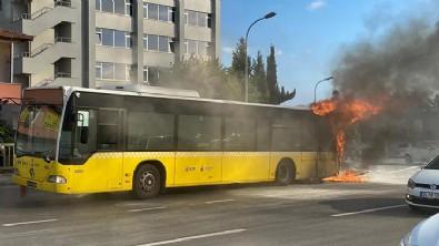 İETT otobüsü alev alev yandı!