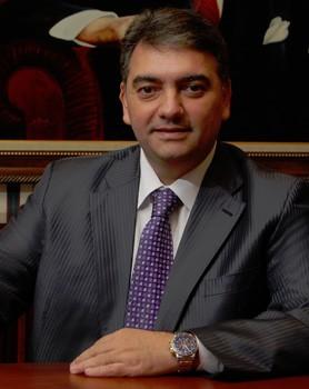 Ahmet Baha Öğütken Kimdir? Haberleri, Videoları