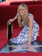 JENNİFER ANİSTON - Jennifer Aniston Şöhretler Kaldırımı'nda Yıldız Sahibi Oldu