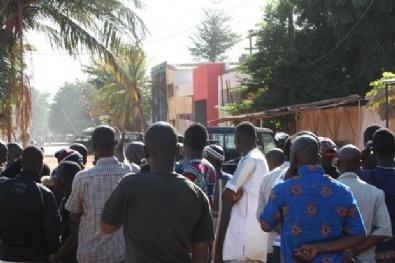 Mali'deki Otel Baskınından İlk Kareler