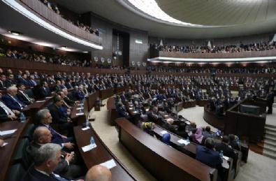 Ak Parti Grup Toplantısında Davutoğlu'na rozet verildi