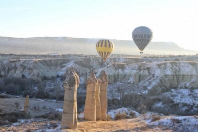 Kapadokya'da Kar Yağışı