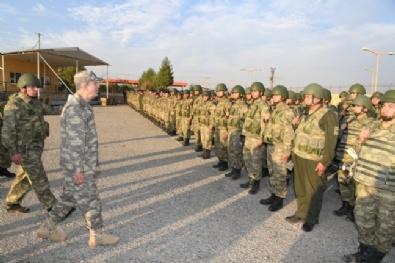 HAVA KUVVETLERİ - Genel Kurmay Başkanı Akar Şırnak Ve Silopi'deki Birlikleri Ziyaret Etti