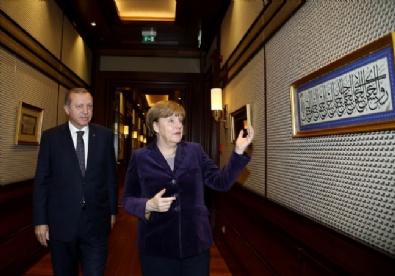 Erdoğan, Almanya Başbakanı Angela Merkeli Kabul Etti