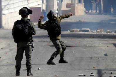 İsrail Askerlerinin Öldürdüğü Filistinli Gencin Cenaze Töreni